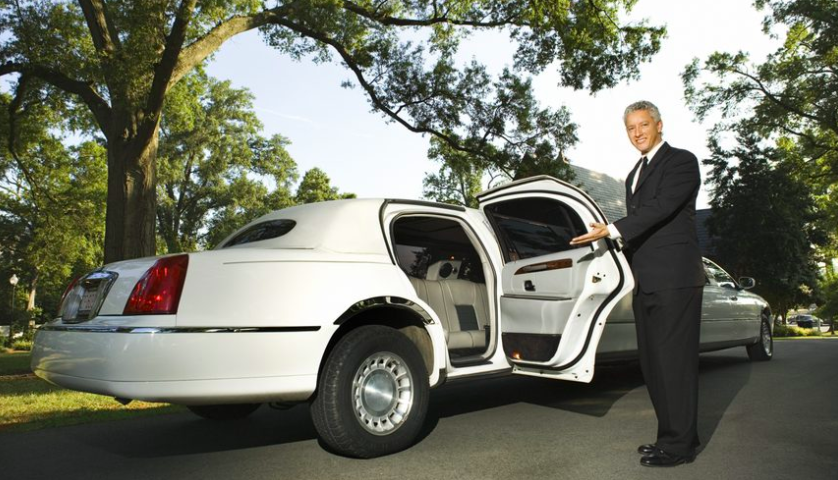 When to Tip the Luxury Limos Chauffeur